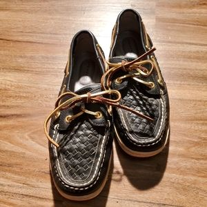 Sperry Shoes - Sperry black leather braided Top Slider in size 6